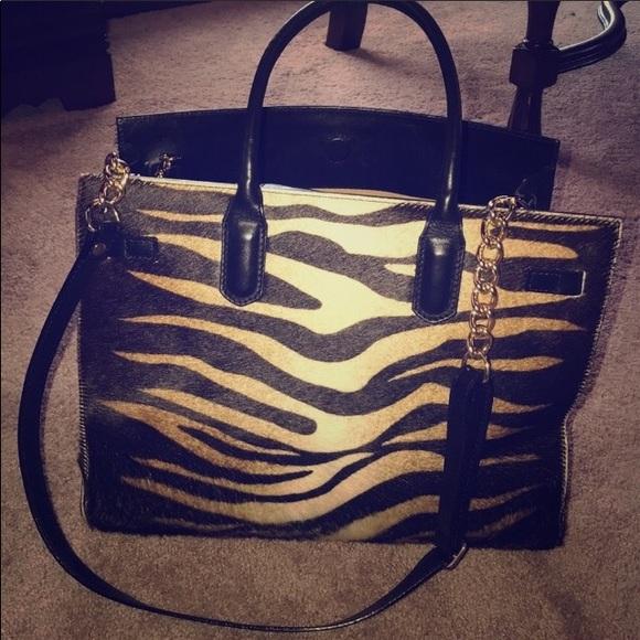 4263542612af cavalcanti Handbags - Cavalcanti Genuine Leather purse